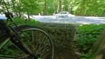 Stein-Kästen bremsen Radler aus
