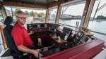 Wie ein Schiffsführer den Alltag auf der Weserfähre erlebt