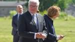 Bundespräsident Steinmeier besucht die Gedenkstätte in Sandbostel