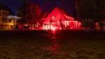 Kasch und Parkpalette werden rot illuminiert
