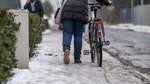 Schneeschippen wird anstrengender