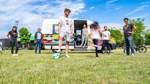 SoFa nimmt neuen Bus für mobile Jugendarbeit in Betrieb