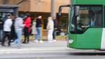 Politik berät Antrag auf Ausweitung des kostenlosen Schülertickets