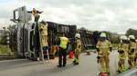 Lastwagen an der Ausfahrt Seehausen umgekippt