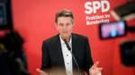 SPD zieht selbstbewusst in Sondierungen - Mützenich führt Fraktion