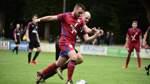 VfL Stenum feiert Heimsieg – und die Schuhe des Trainers