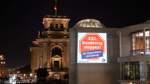 """Leuchtender Protest gegen """"XXL-Bundestag"""" vor Konstituierung"""